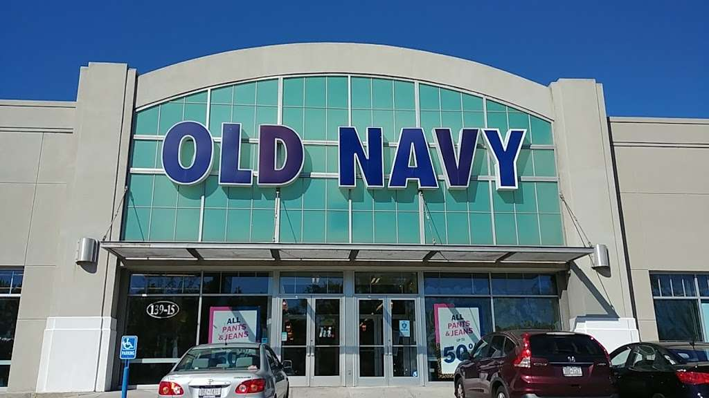 Old Navy - clothing store  | Photo 3 of 10 | Address: 139-15 20th Ave, College Point, NY 11356, USA | Phone: (718) 461-6986