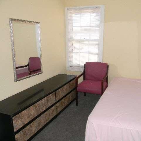 Sherman Rooming House - lodging  | Photo 3 of 10 | Address: 7026 Sherman St, Houston, TX 77011, USA | Phone: (713) 926-9551