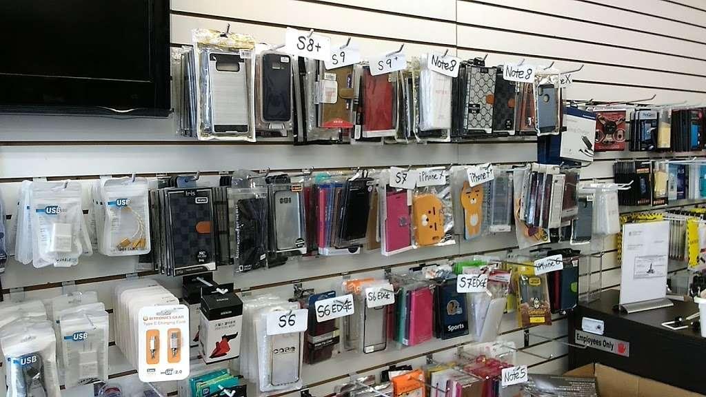 Kcomm | LA Cell Phone 미국(선불) 유심 - store  | Photo 1 of 4 | Address: 3388 W 8th St #104, Los Angeles, CA 90005, USA | Phone: (213) 335-8989