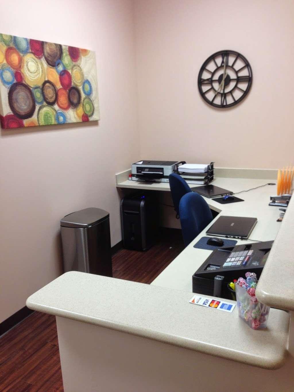 EXPRESS FAMILY CLINIC - Conroe - health  | Photo 3 of 7 | Address: 16145 TX-105 #600, Montgomery, TX 77356, USA | Phone: (936) 463-8104