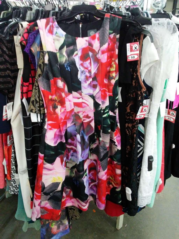 Name Brand Clothing - clothing store    Photo 5 of 10   Address: 8800 Marshall Dr, Shawnee Mission, KS 66215, USA   Phone: (913) 859-9898