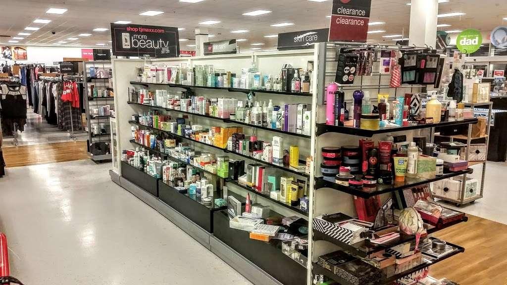 T.J. Maxx - department store  | Photo 8 of 10 | Address: 21 Mill Creek Dr, Secaucus, NJ 07094, USA | Phone: (201) 866-6279