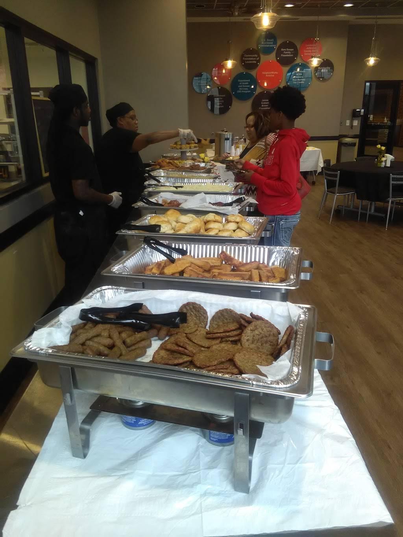 Lucretias Kitchen - restaurant  | Photo 9 of 9 | Address: 1812 W Muhammad Ali Blvd, Louisville, KY 40203, USA | Phone: (502) 294-8143