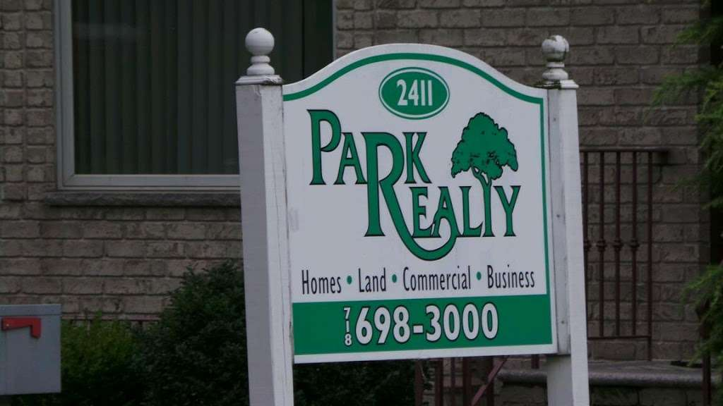 Park Realty - real estate agency  | Photo 2 of 2 | Address: 2411 Victory Blvd, Staten Island, NY 10314, USA | Phone: (718) 698-3000