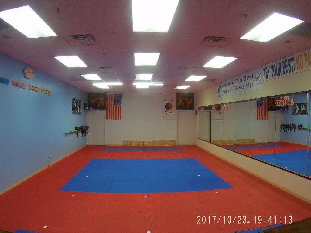 American Korean Taekwondo - health  | Photo 1 of 10 | Address: 1560 Teaneck Rd, Teaneck, NJ 07666, USA | Phone: (201) 837-0082