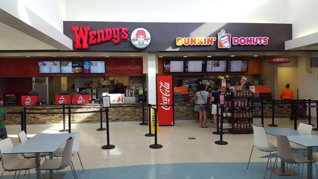 Wendys - restaurant  | Photo 2 of 7 | Address: Florida Turnpike Milepost 229, St Cloud, FL 34772, USA | Phone: (407) 910-2344