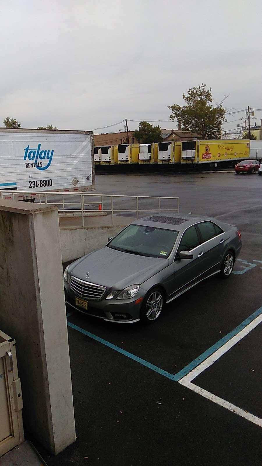 Wakefern Food Corporation - store    Photo 10 of 10   Address: 51 Euclid Ave, Newark, NJ 07105, USA   Phone: (973) 589-3960