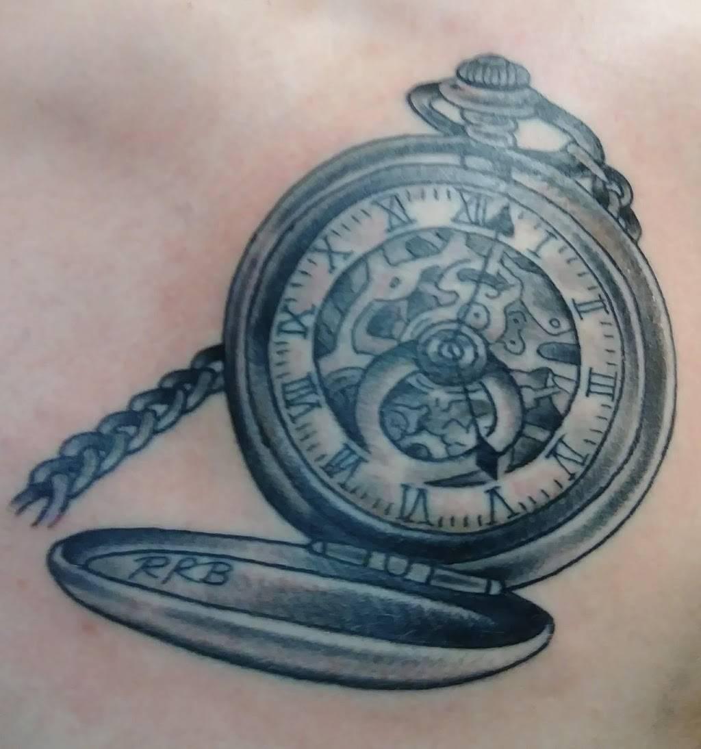 Staygold Tattoo - store  | Photo 2 of 5 | Address: 1207 4th Ave, Coraopolis, PA 15108, USA | Phone: (412) 264-5479