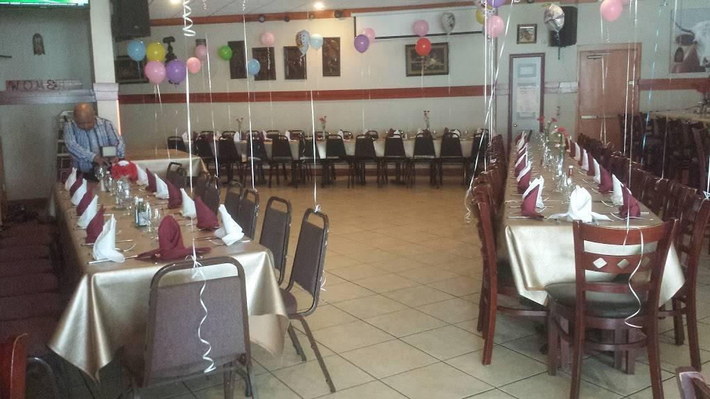 El Paraiso Restaurant - restaurant  | Photo 5 of 10 | Address: 6515 New Hampshire Ave, Takoma Park, MD 20912, USA | Phone: (301) 270-1190