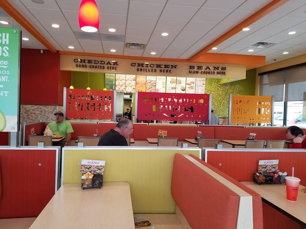 Del Taco - meal takeaway  | Photo 3 of 6 | Address: 5845 W Reno Ave, Oklahoma City, OK 73127, USA | Phone: (405) 945-6526