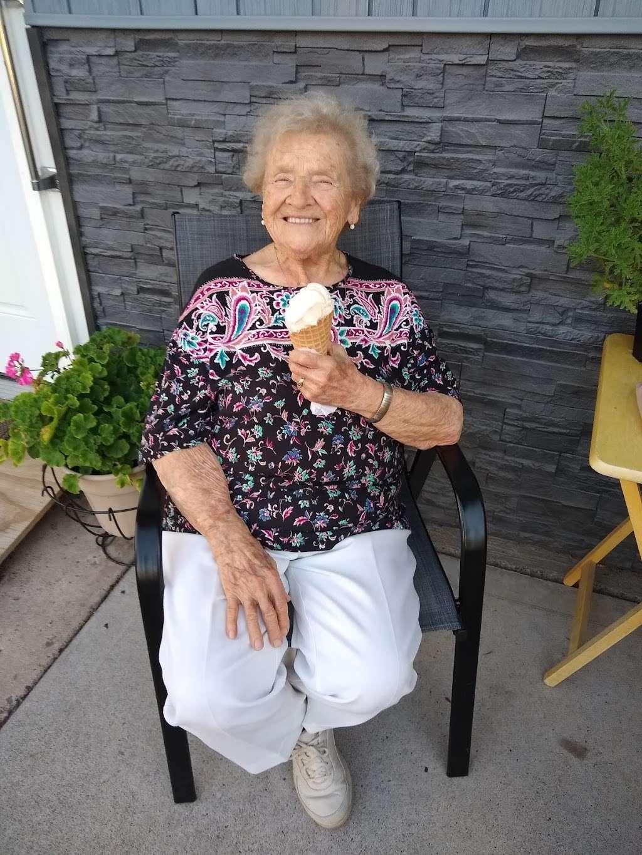 Maxs Ice Cream Shack - store  | Photo 7 of 10 | Address: 202 W 3rd St, Mifflinville, PA 18631, USA | Phone: (570) 520-4237