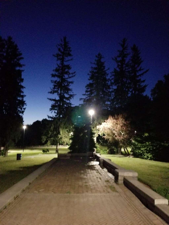 Greycourt State Park - park  | Photo 8 of 10 | Address: 37 Pleasant St, Methuen, MA 01844, USA | Phone: (978) 983-8545