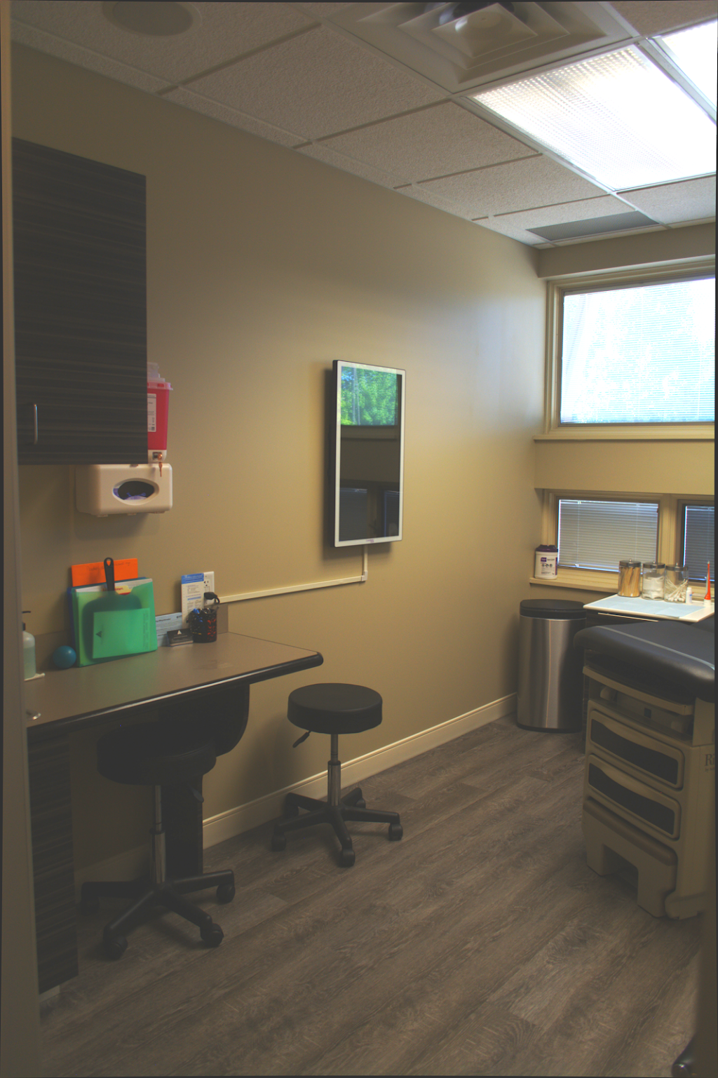Dermatology Specialists - Louisville - hair care  | Photo 6 of 10 | Address: 1056 S 88th St, Louisville, CO 80027, USA | Phone: (303) 442-6647