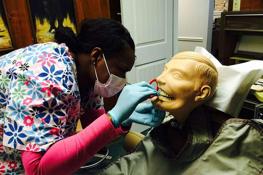 Dallas Dental Replacements Assistant School - dentist  | Photo 5 of 9 | Address: 1110 West Shore Dr Suite E, Richardson, TX 75080, USA | Phone: (214) 914-1535