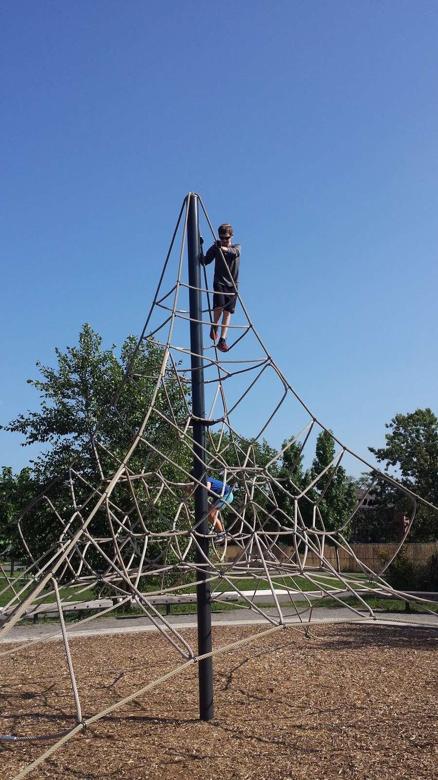 Hammock Grove Play Area - park  | Photo 5 of 10 | Address: New York, NY 10004, USA