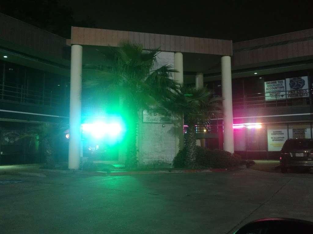 La Bamba Nightclub & Reception - night club  | Photo 5 of 6 | Address: 1712 N Frazier St, Conroe, TX 77301, USA | Phone: (936) 756-3253