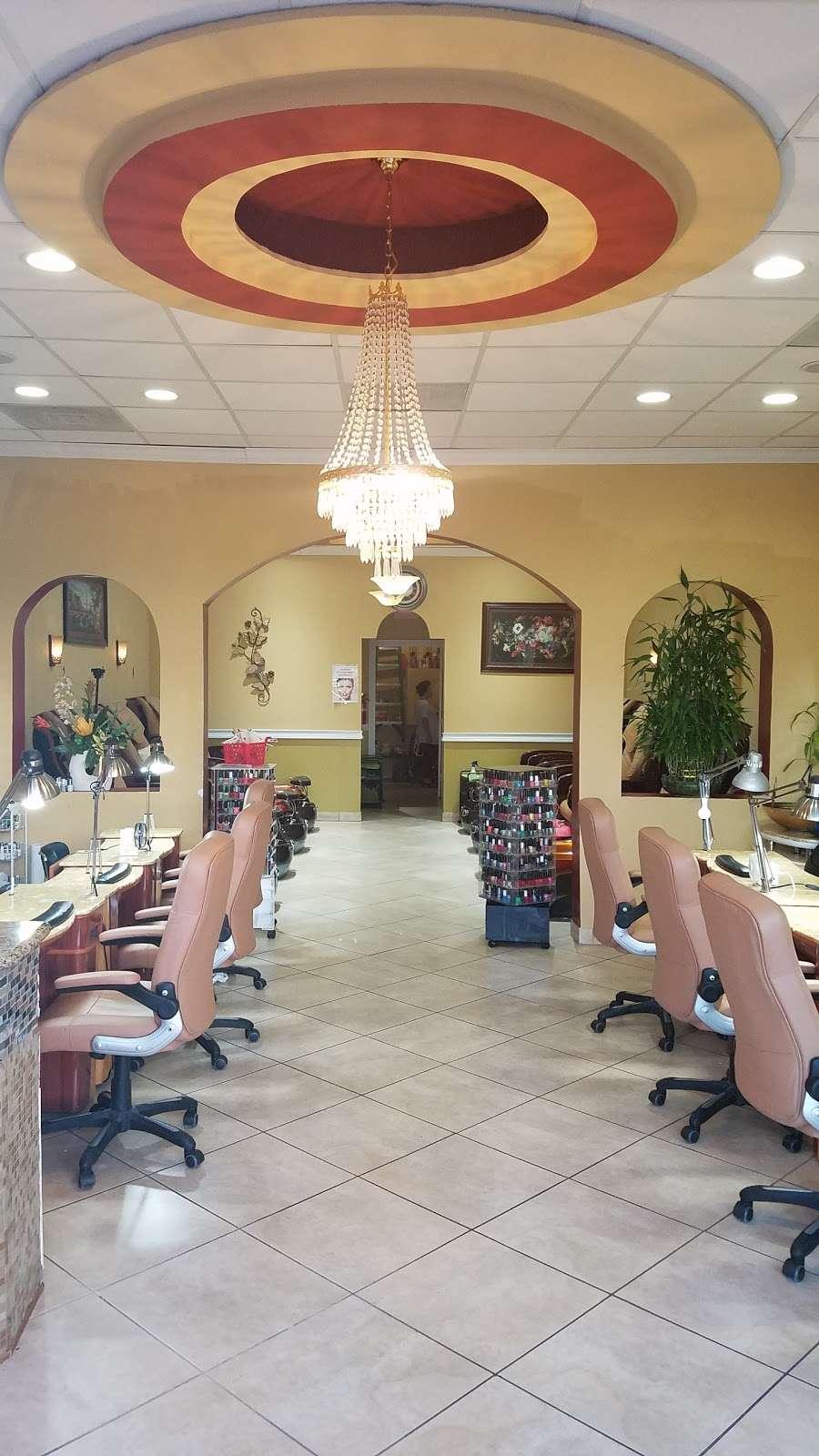 Golden Nails & Spa - spa  | Photo 2 of 10 | Address: 8245 Mills Rd, Houston, TX 77064, USA | Phone: (832) 688-5884