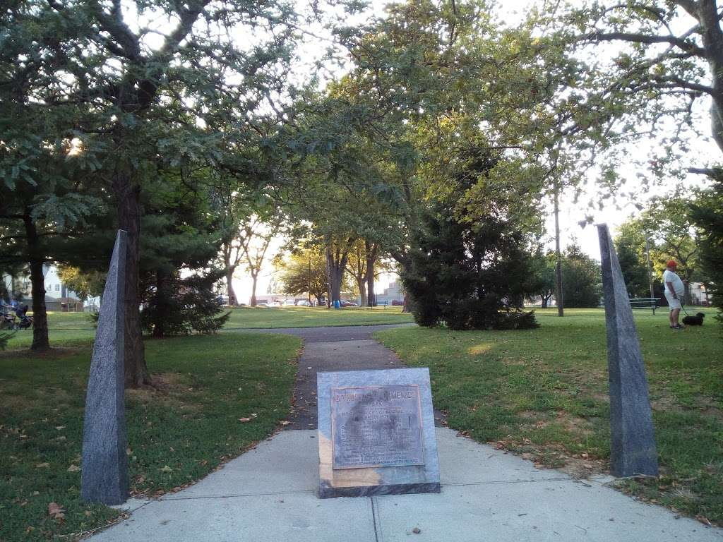 G. Thomas DiDomenico Park - park  | Photo 1 of 8 | Address: 375-409 Avenue A, Bayonne, NJ 07002, USA