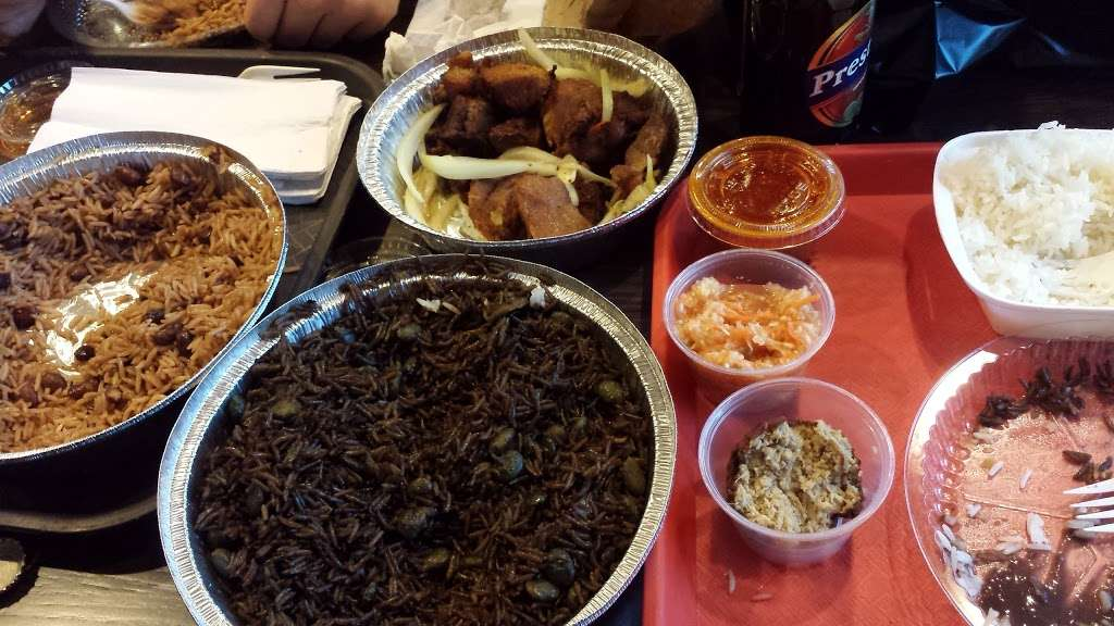 Kreyol Flavor - restaurant  | Photo 6 of 10 | Address: 1738 Flatbush Ave, Brooklyn, NY 11210, USA | Phone: (718) 258-0509
