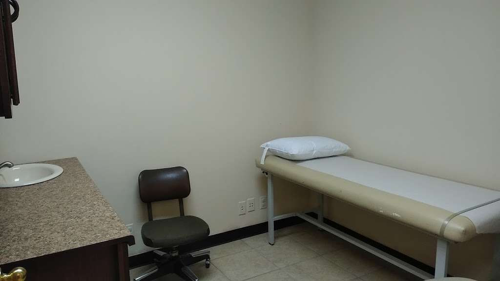 TU CLINICA FAMILIAR - doctor  | Photo 4 of 9 | Address: 914 Edgebrook Dr Suite A, Houston, TX 77034, USA | Phone: (832) 582-6111