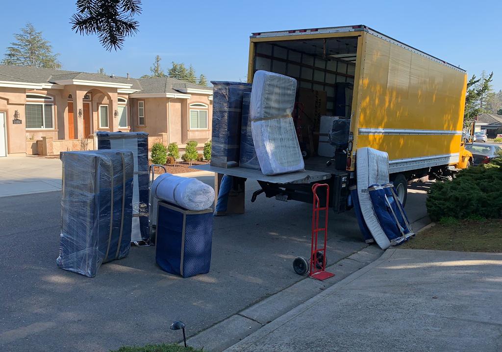 Amazing Movers | San Jose Moving & Storage Company - moving company  | Photo 3 of 10 | Address: 169 Jackson St, San Jose, CA 95112, USA | Phone: (800) 523-6090