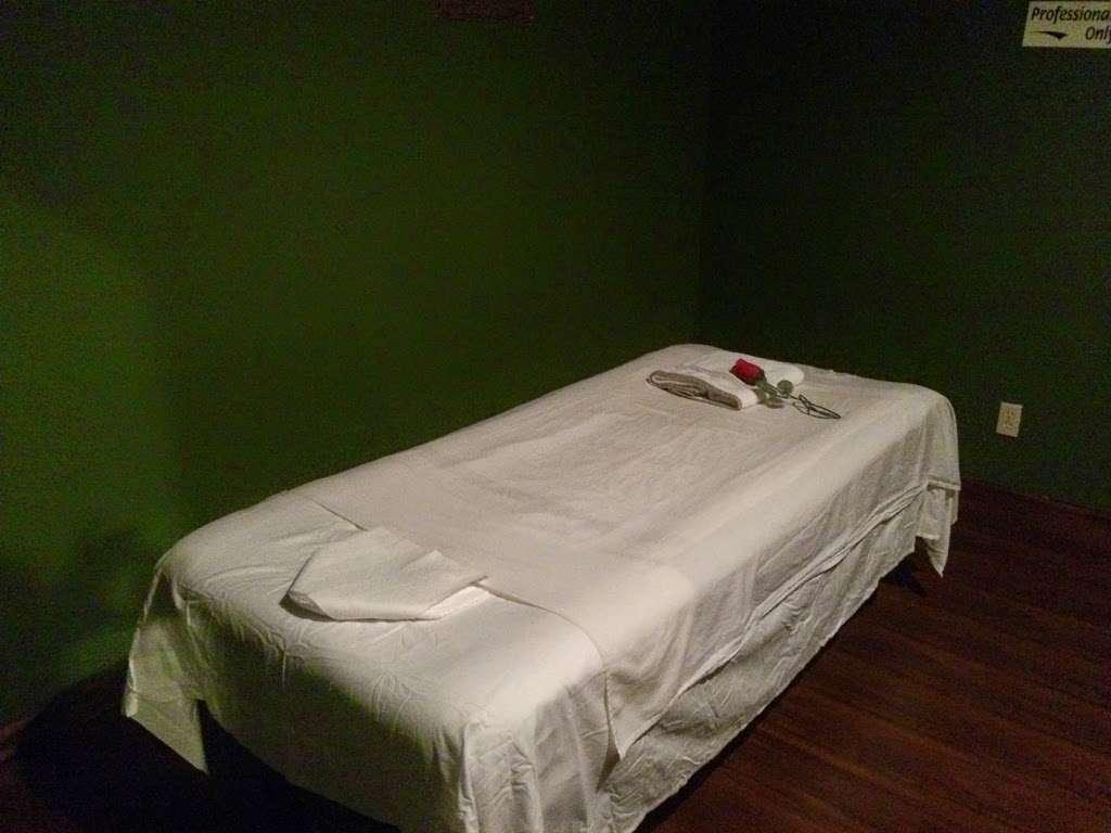 Oriental Massage Spa - spa  | Photo 2 of 10 | Address: 560 Sawdust Rd, Spring, TX 77380, USA | Phone: (832) 701-8370