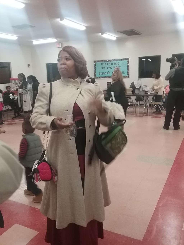 Pentecostal Church of God - church  | Photo 5 of 8 | Address: 2540 Lucerne Park Rd, Winter Haven, FL 33881, USA | Phone: (863) 294-8934