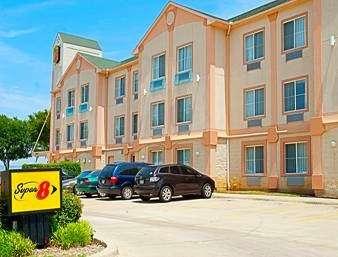 Super 8 by Wyndham Irving/DFW Apt/North - lodging  | Photo 1 of 10 | Address: 4770 W John Carpenter Fwy, Irving, TX 75063, USA | Phone: (214) 441-9000