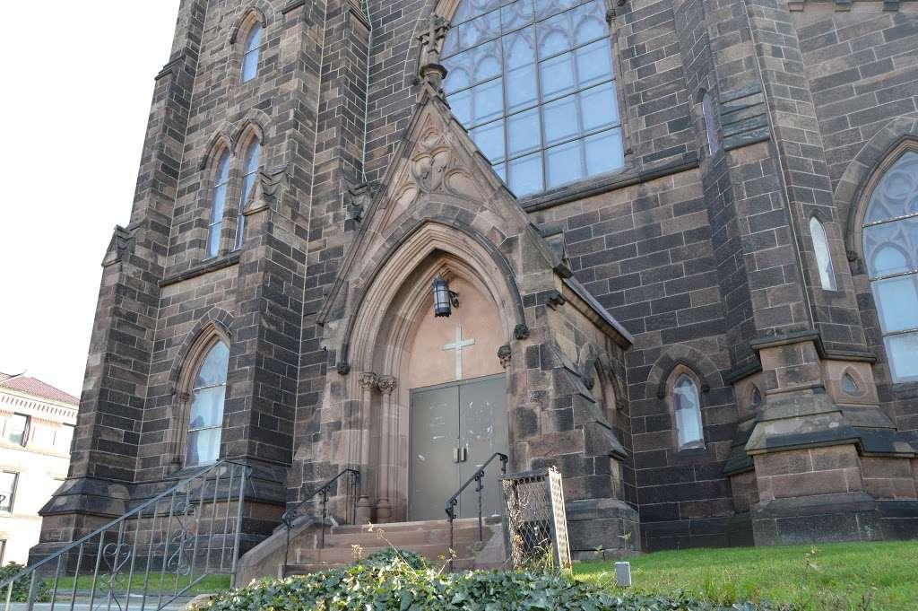 St Johns Roman Catholic Church - church  | Photo 2 of 10 | Address: 94 Ridge St, City of Orange, NJ 07050, USA | Phone: (973) 674-0110