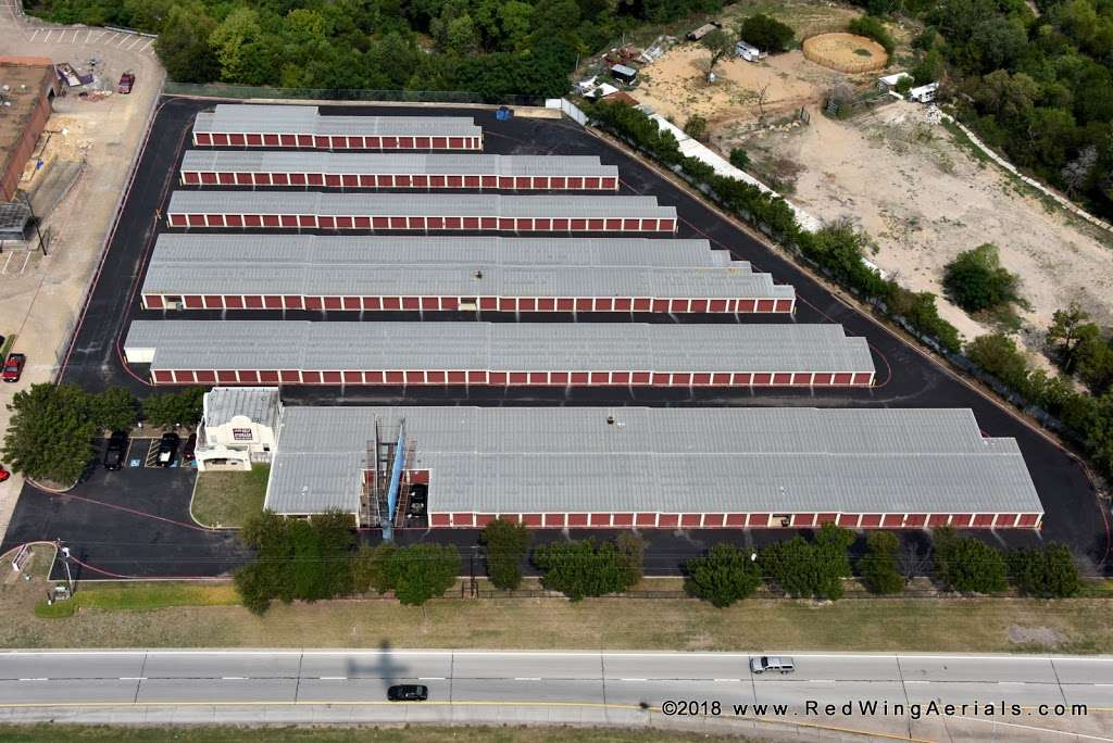 Alamo Self Storage - Redbird - storage    Photo 6 of 6   Address: 7011 Marvin D Love Fwy, Dallas, TX 75237, USA   Phone: (214) 337-8444