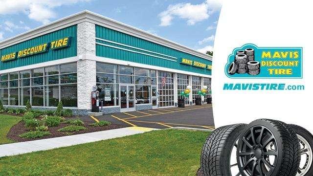 Mavis Discount Tire - car repair  | Photo 8 of 10 | Address: 15054 Idlewild Rd, Matthews, NC 28104, USA | Phone: (980) 290-5118