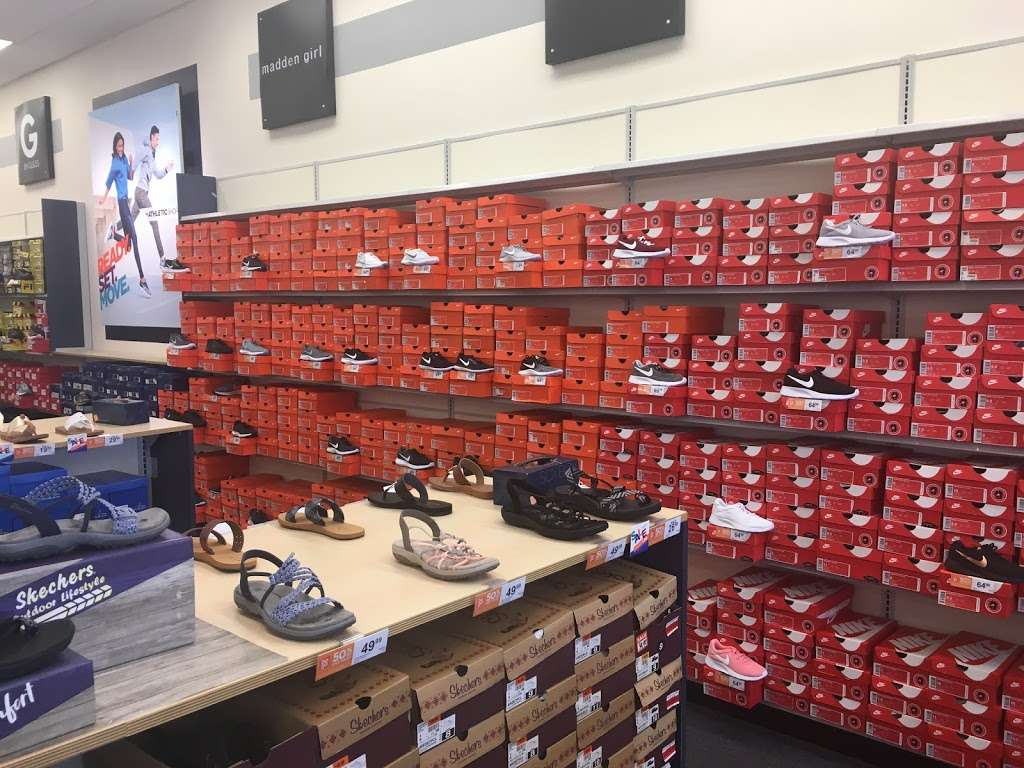Rack Room Shoes, 2650 Pearland Pkwy Ste