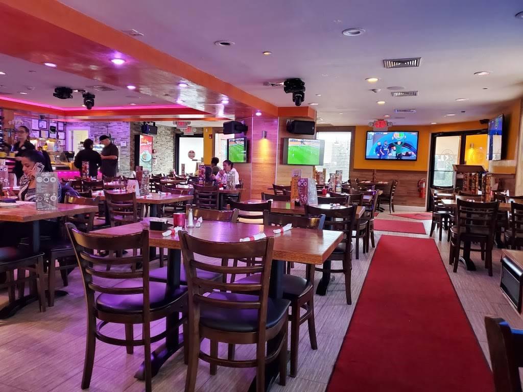 Noches De Colombia - restaurant  | Photo 7 of 10 | Address: 7700 Tonnelle Ave., North Bergen, NJ 07047, USA | Phone: (201) 868-8110