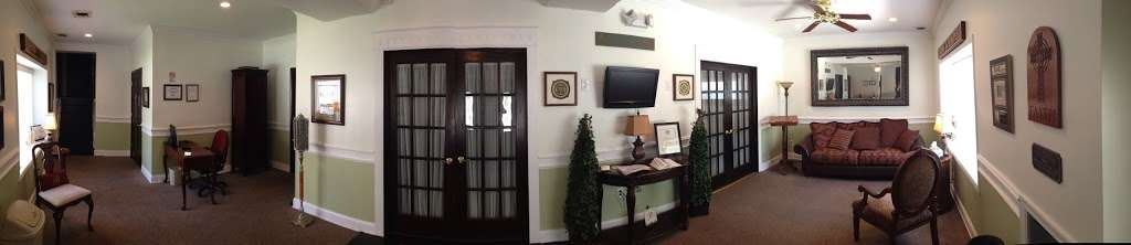 BAILEY Funeral Home and Cremation Service, PA - funeral home  | Photo 3 of 10 | Address: 4023 Annapolis Rd, Halethorpe, MD 21227, USA | Phone: (410) 609-0009