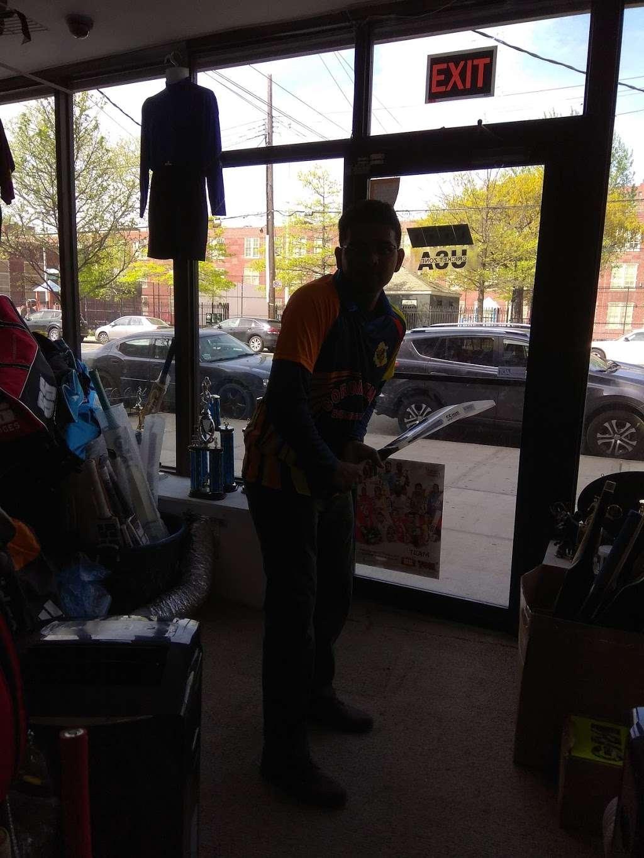 Cricket Zone Trophy World - store  | Photo 7 of 7 | Address: 1656 Castle Hill Ave, Bronx, NY 10462, USA | Phone: (718) 684-1140