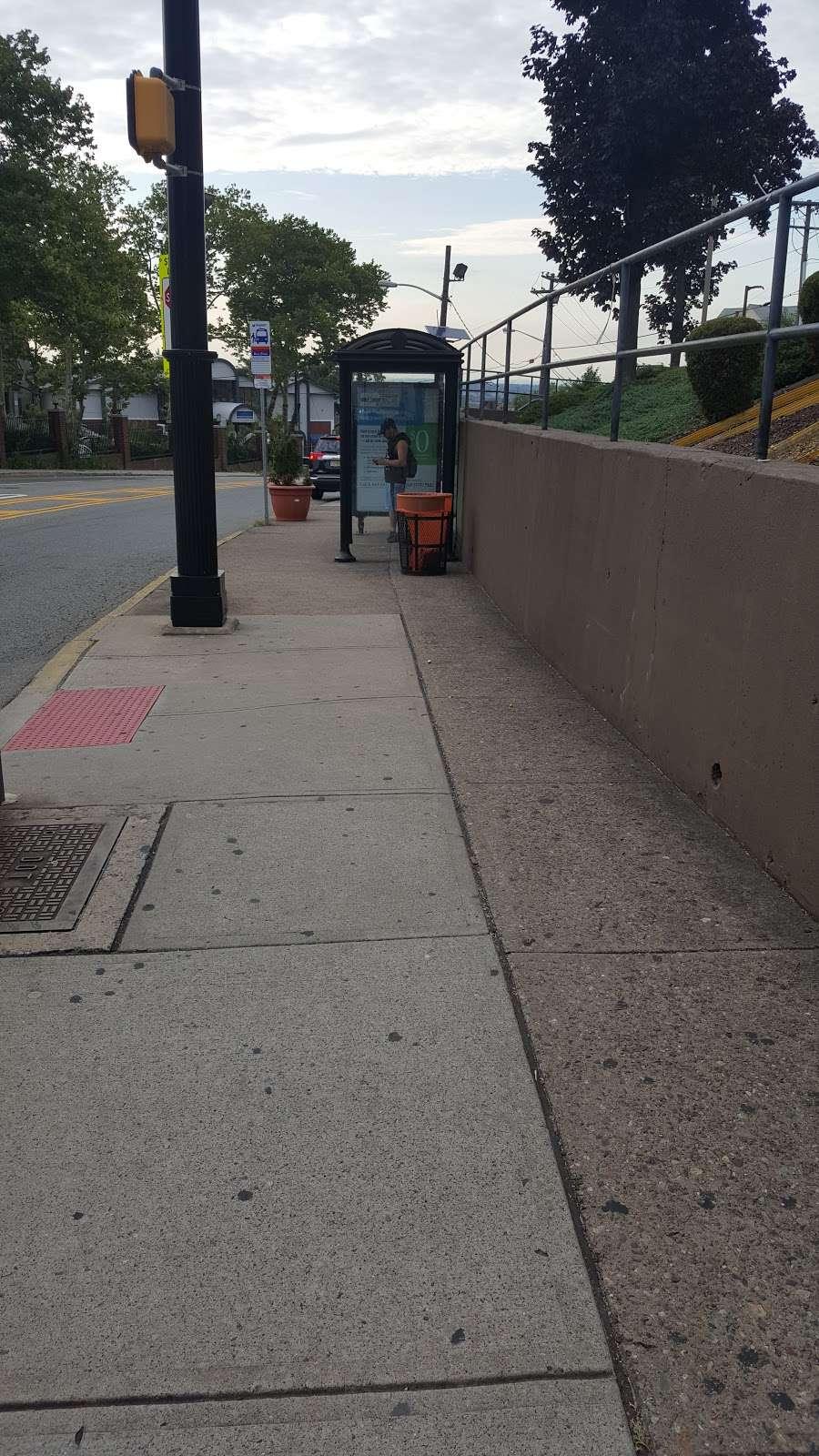Bergen Tpk at J.F. Kennedy Blvd - bus station  | Photo 3 of 3 | Address: Union City, NJ 07087, USA