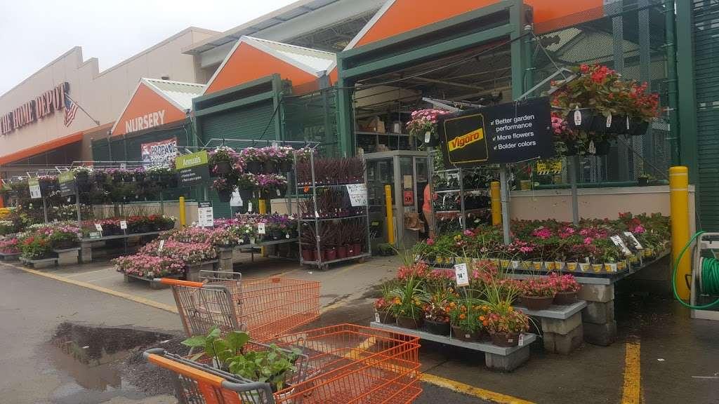 The Home Depot - hardware store  | Photo 6 of 10 | Address: 124-04 31st Ave, Flushing, NY 11354, USA | Phone: (718) 661-4608