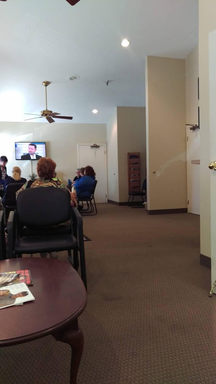 Chest Medicine Associates - doctor  | Photo 1 of 2 | Address: 4606 Greenwood Rd, Pleasure Ridge Park, KY 40258, USA | Phone: (502) 937-2209