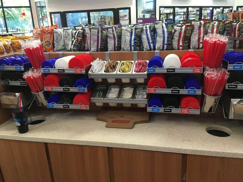 RaceTrac - gas station  | Photo 3 of 10 | Address: 665 Royal Palm Beach Blvd, Royal Palm Beach, FL 33411, USA | Phone: (561) 795-0609