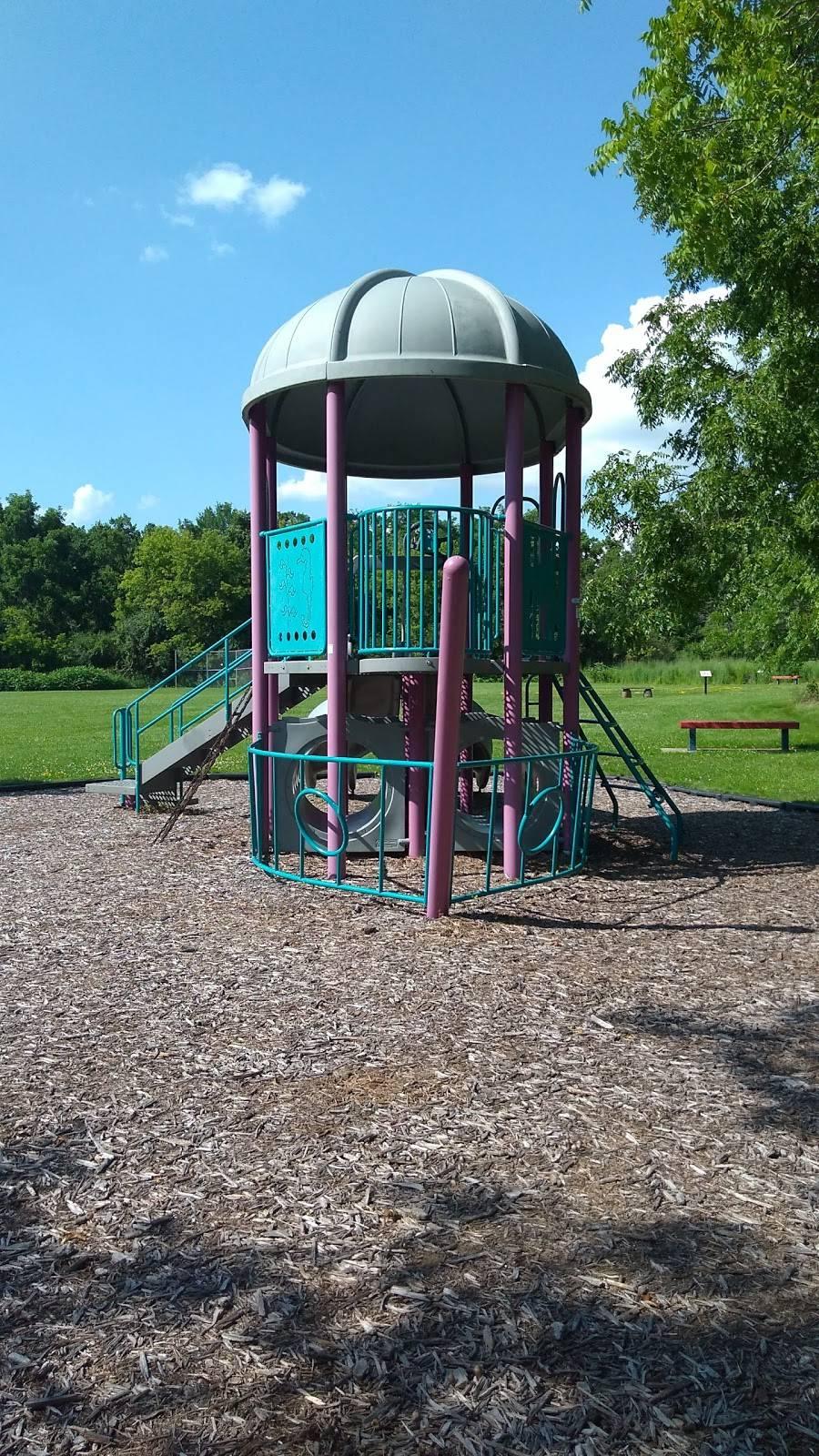 Carpenter - Ridgeway Park - park    Photo 3 of 9   Address: 1220 Carpenter St, Madison, WI 53704, USA   Phone: (608) 266-4711