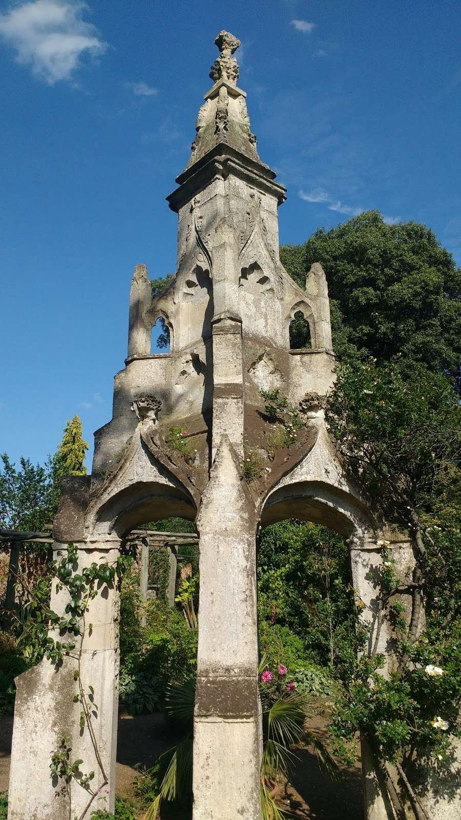 Myddelton House Gardens - cafe  | Photo 6 of 10 | Address: Bulls Cross, Enfield EN2 9HG, UK | Phone: 0300 003 0610