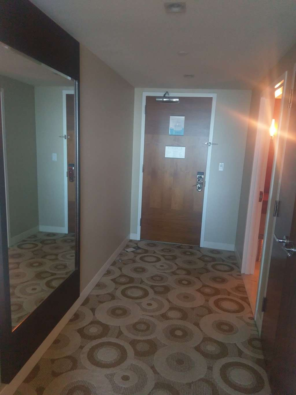 The Water Club Hotel at Borgata - spa    Photo 4 of 10   Address: 1 Renaissance Way, Atlantic City, NJ 08401, USA   Phone: (609) 317-1000