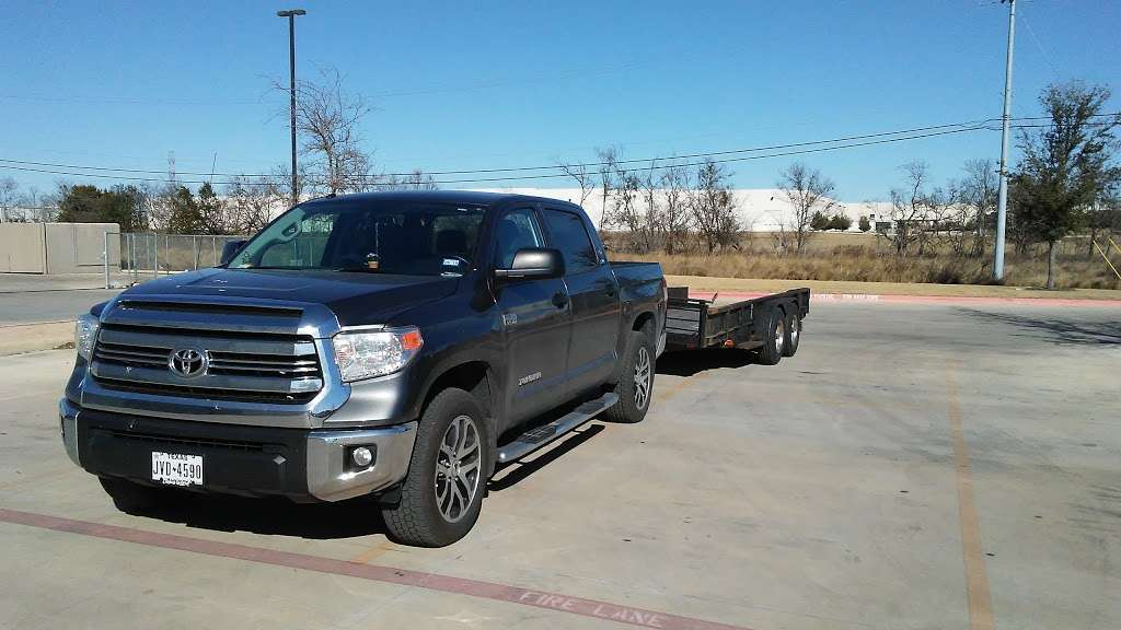 LKQ - car repair  | Photo 7 of 10 | Address: 17745 Lookout Rd Suite 100, Selma, TX 78154, USA | Phone: (210) 666-1190