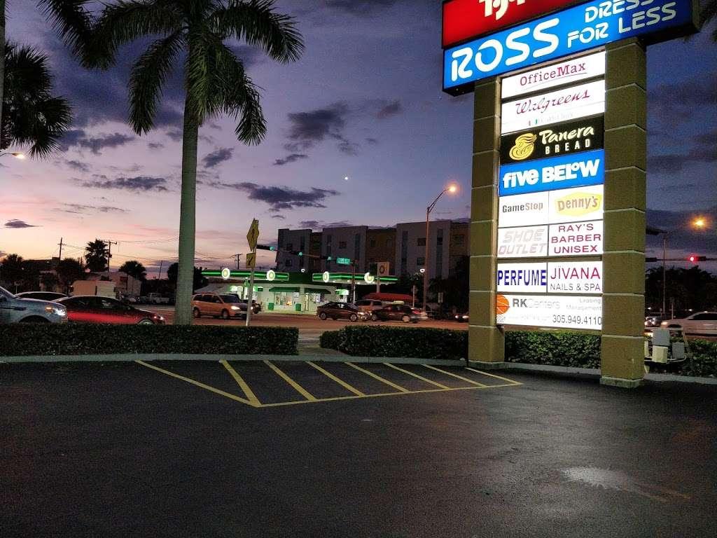 RK Causeway Plaza - shopping mall  | Photo 1 of 10 | Address: 12295 Biscayne Blvd, North Miami, FL 33181, USA | Phone: (305) 949-4110