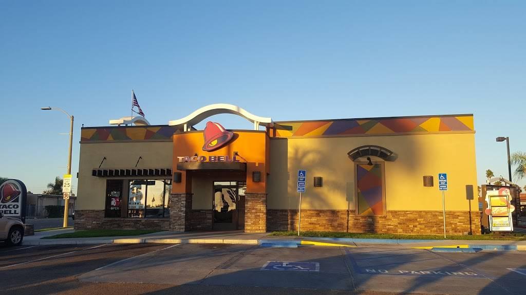 Taco Bell - meal takeaway  | Photo 1 of 10 | Address: 696 E St, Chula Vista, CA 91910, USA | Phone: (619) 422-5288