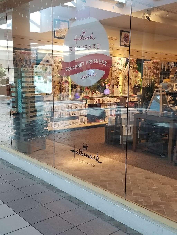 Matthews Hallmark Shop - store  | Photo 1 of 2 | Address: Cumberland Mall, 3849 S Delsea Dr Ste B20, Vineland, NJ 08360, USA | Phone: (856) 825-6452
