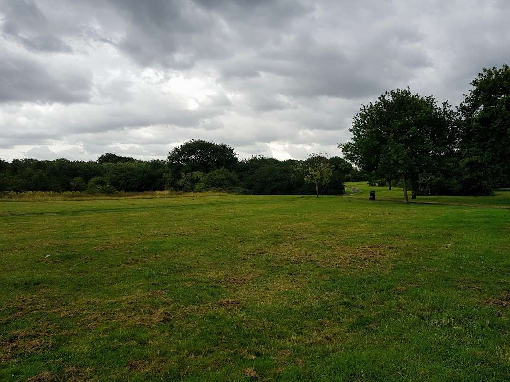 Hurstleigh Gardens Open Space - park  | Photo 1 of 2 | Address: Ilford IG5, UK