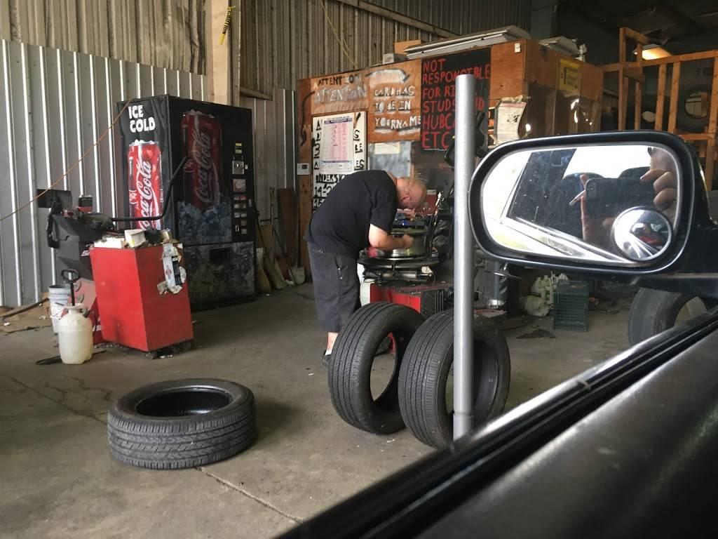 Carolyns Tires - car repair  | Photo 2 of 7 | Address: 744 Forestdale Blvd, Birmingham, AL 35214, USA | Phone: (205) 791-0204