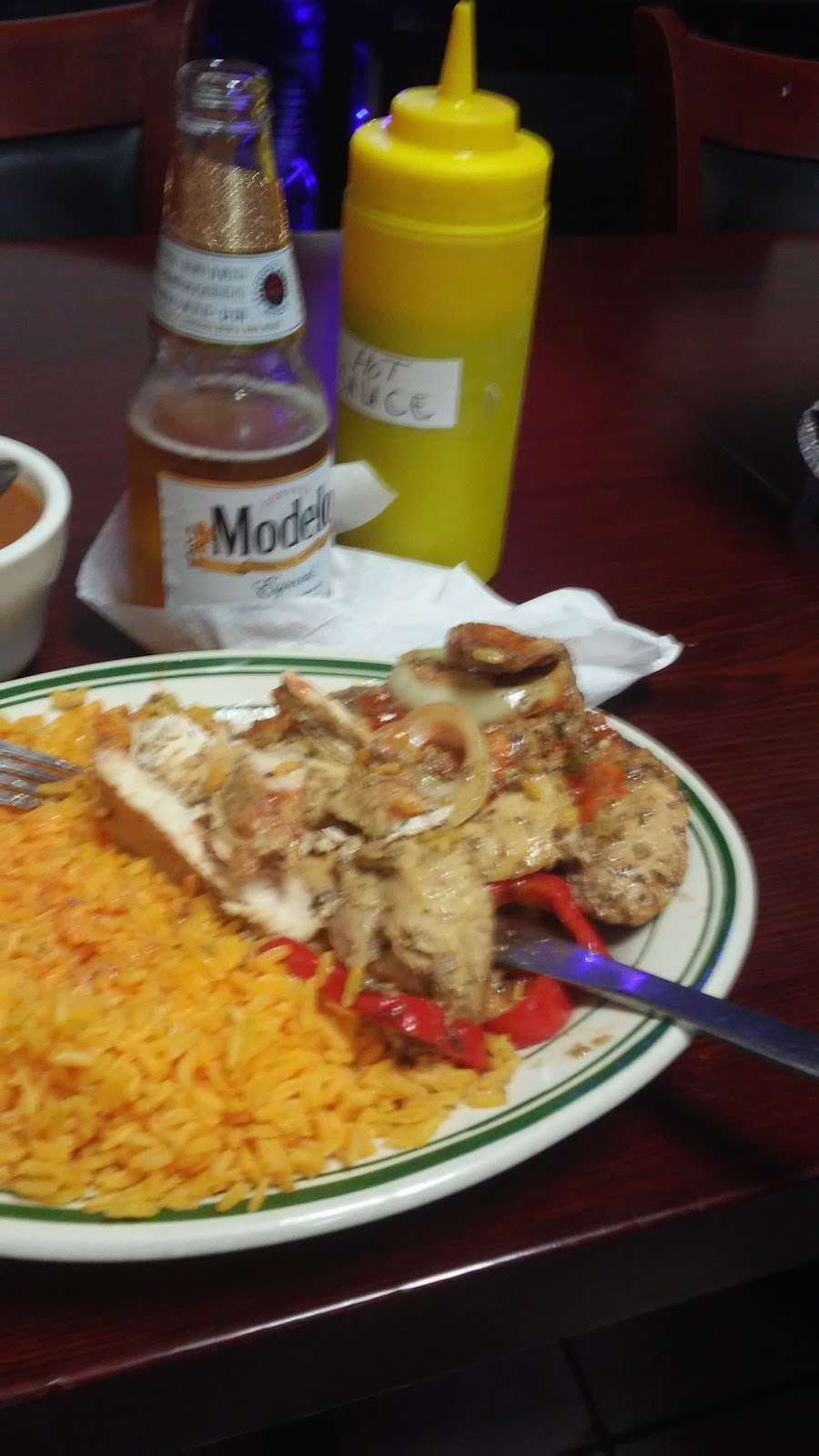 Las Mellas Restaurant - restaurant  | Photo 7 of 10 | Address: 1452 Westchester Ave, Bronx, NY 10472, USA | Phone: (718) 684-3010