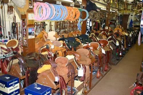 Nigros Western Stores - shoe store  | Photo 2 of 9 | Address: 3320 Merriam Ln, Kansas City, KS 66106, USA | Phone: (913) 262-7500